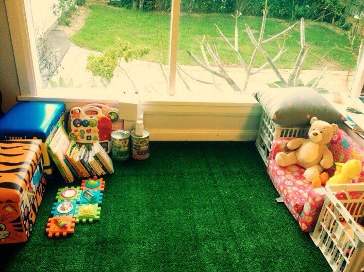 کاربرد چمن مصنوعی در زیبایی منزل شما