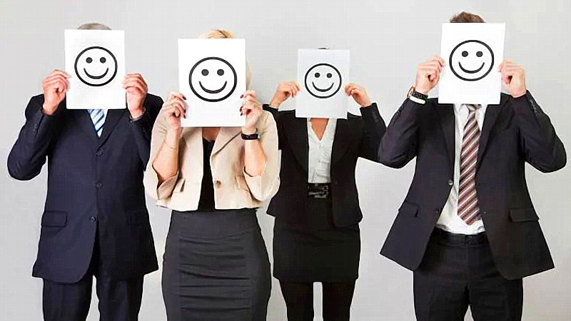 ۱۰ راه برای شاد بودن در محیط کار